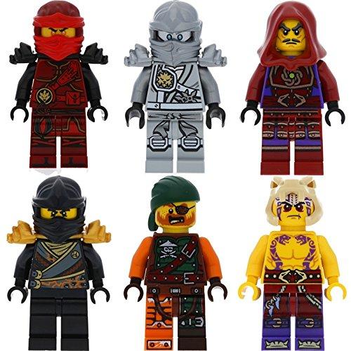 Six figurines LEGO Ninjago  – Cole, Zane et  Kai, Clouse, Krait et Bucko et 12 armes